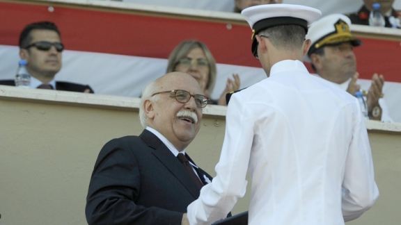 Minister Avcı attends graduation ceremonies at Navy and Air Force War Schools